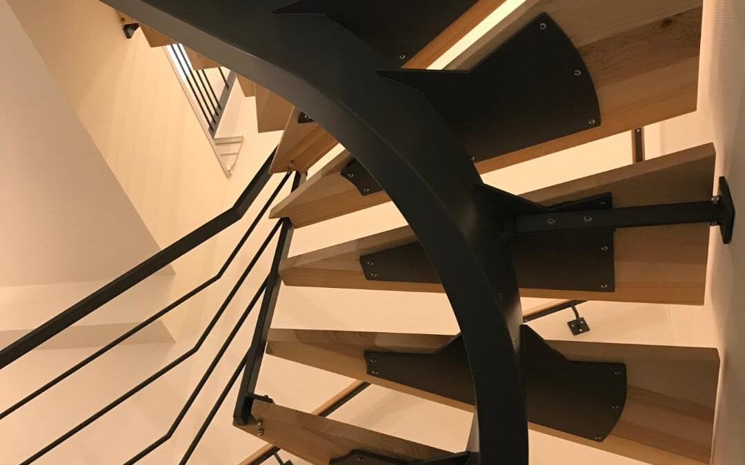 Laissez-vous tenter par l'escalier bois métal à Strasbourg !